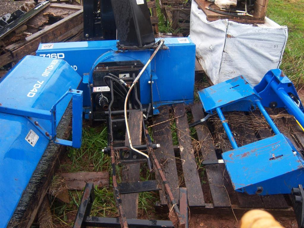 Used New Holland 716d