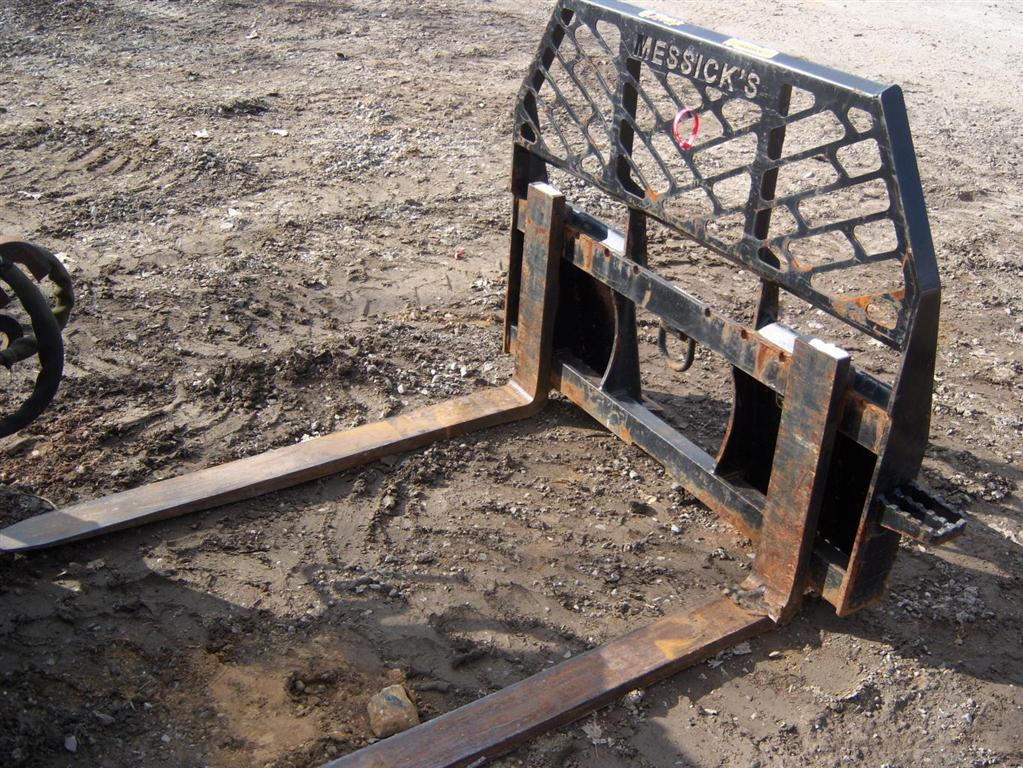 Used Bradco Pallet Forks