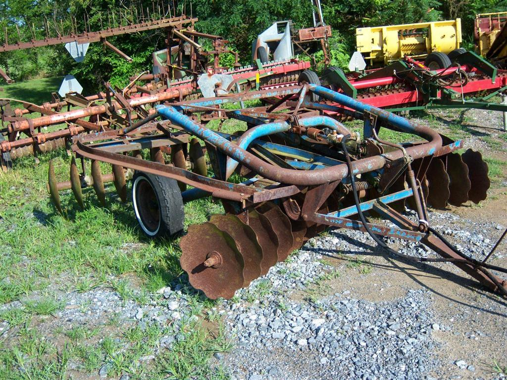 Used FORD 101 $985.00