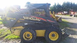 NEW HOLLAND LS185.B