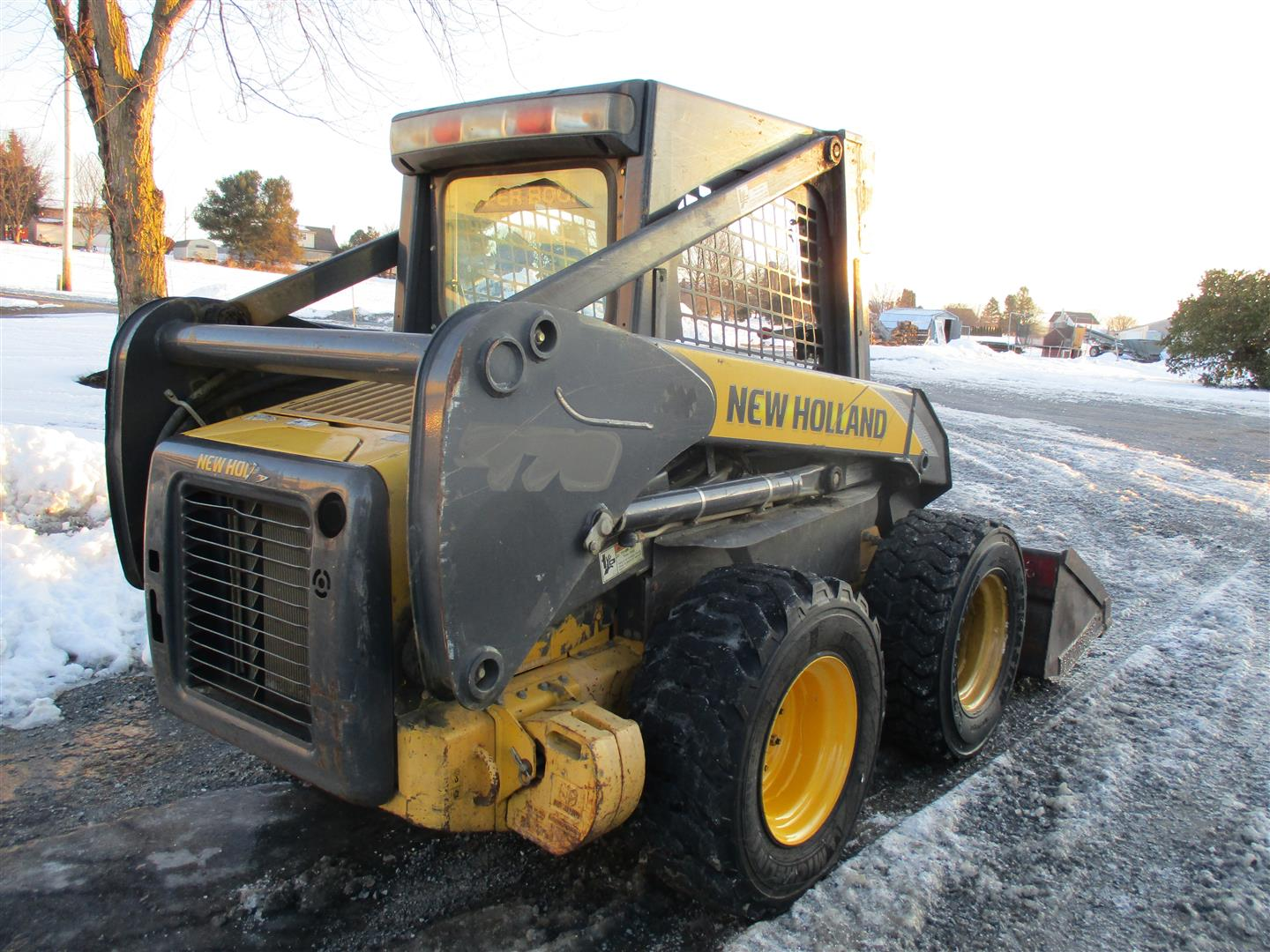 Used NEW HOLLAND L170 $17,500.00