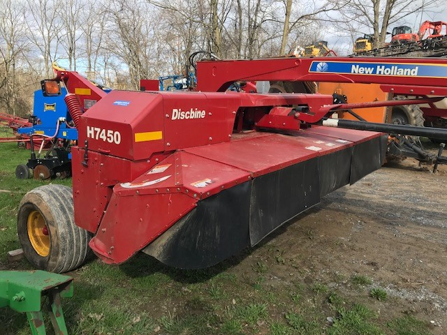 Used NEW HOLLAND H7450S $18,500.00