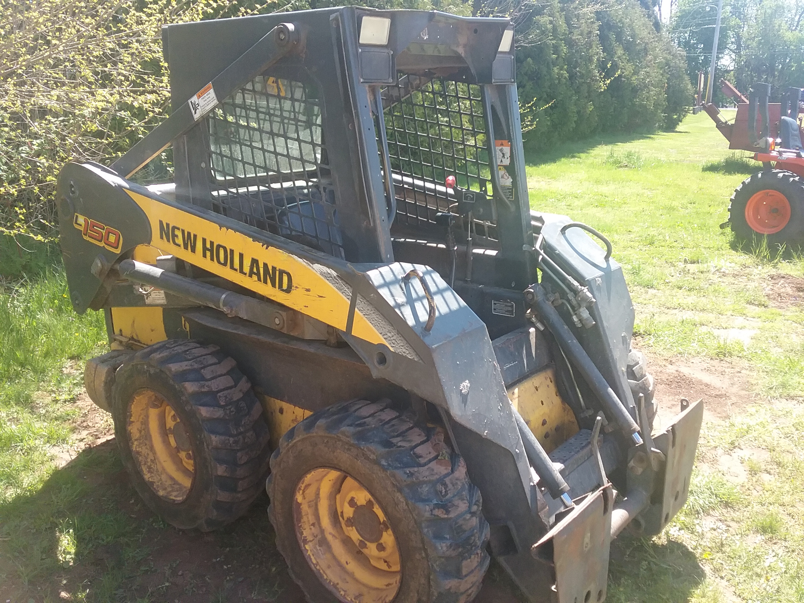 Used NEW HOLLAND L150 $10,900.00