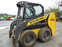 New Holland L213-T4B used picture