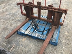 Martin Pallet Forks used picture