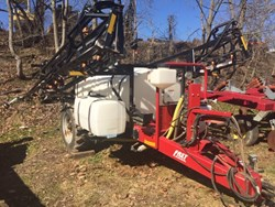 Used Pull-Type Sprayers