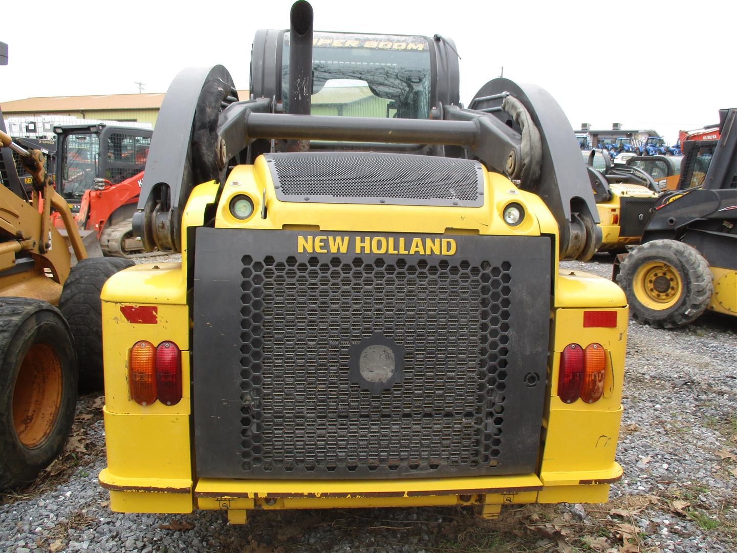 Used NEW HOLLAND L223 $31,900.00
