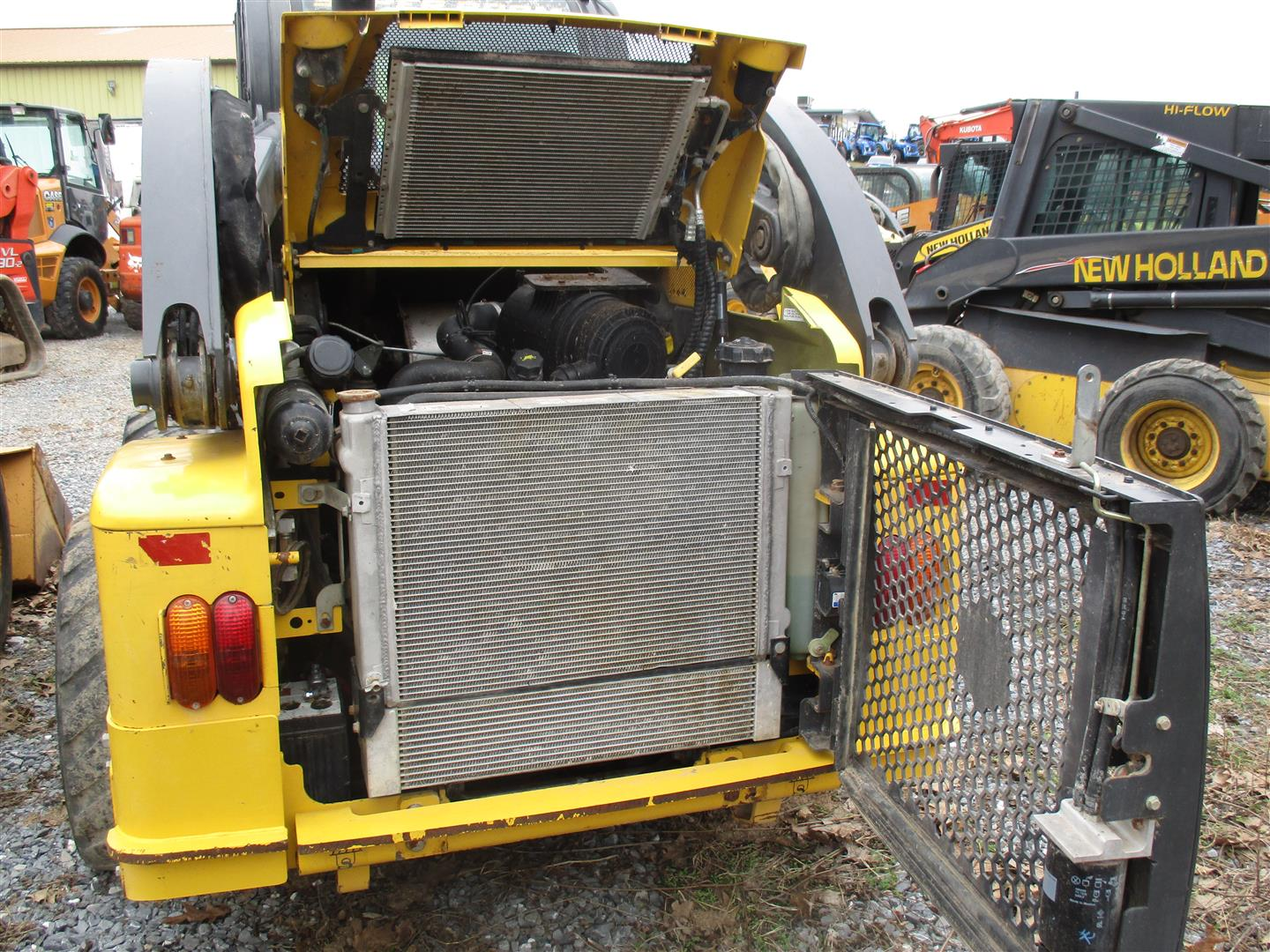 Used NEW HOLLAND L223 $29,900.00