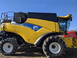 Used New Holland CR9060