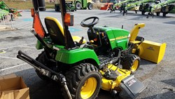 John Deere 2305 used picture