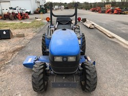 New Holland TC18 used picture