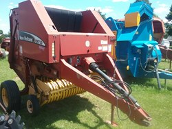 Used New Holland BR730