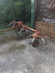 Kuhn 4 SPINNER used picture